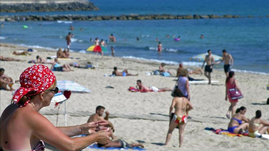 La afiliación a la Seguridad Social en turismo sube un 4 por ciento en abril