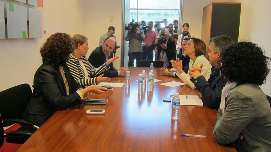 """Chivite rechaza a EH Bildu en el Gobierno de Navarra y se muestra """"abierta"""" a otras opciones y a seguir """"hablando"""""""