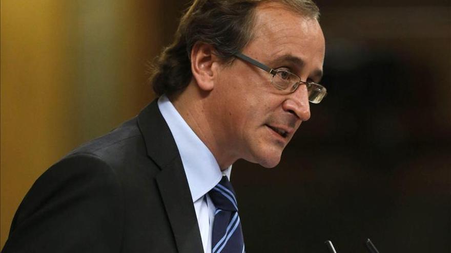 Alonso confía en aclarar ante el juez que el PP sólo tiene una contabilidad