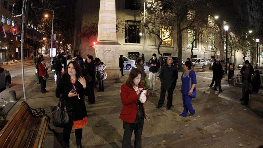 Sismo en Chile deja tres muertos, 7 heridos graves y fuertes daños materiales