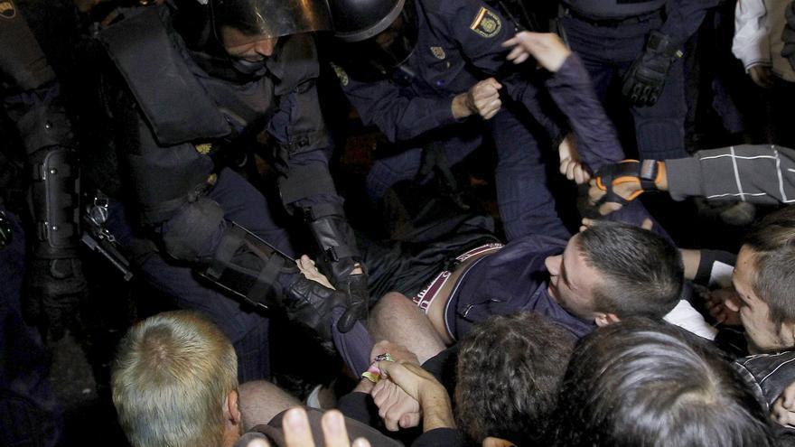 AI pedirá a Interior que investigue la actuación de la Policía en el 25S