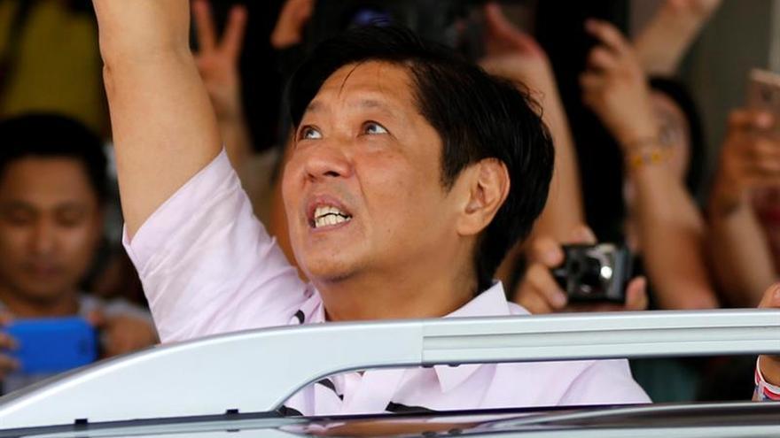 Marcos pide revisar el sistema de recuento de votos de los comicios filipinos