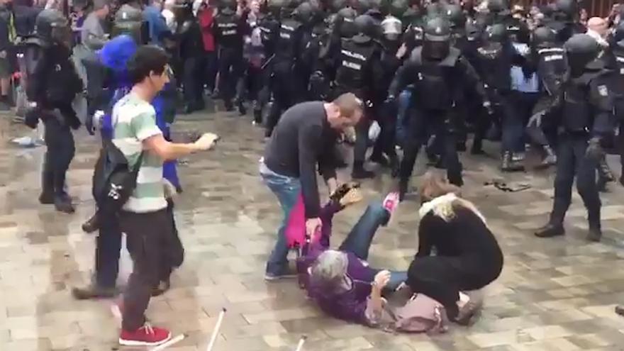 Las Generalitat niega manipulaciones con la cifra de heridos por cargas y pide rectificación a los medios