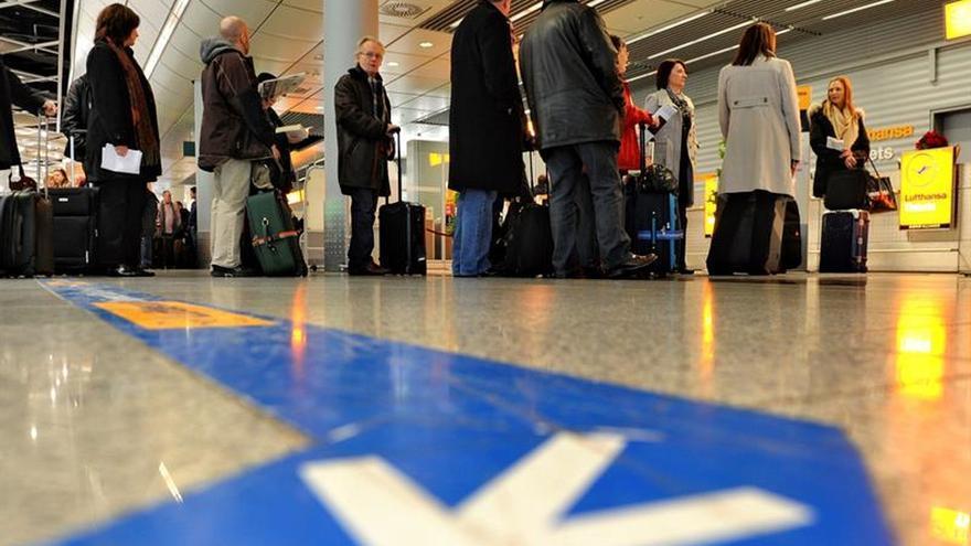 Eurowings cancela 66 vuelos en Alemania por la huelga del personal de cabina