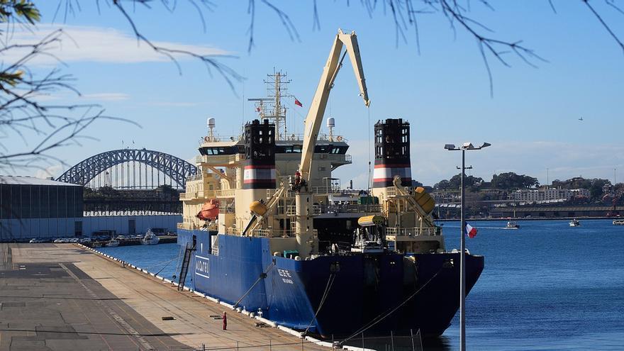 buque cablero