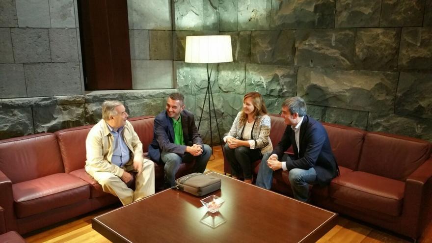Clavijo y Barreto se reunieron este lunes con directivos del CD Mensajero.