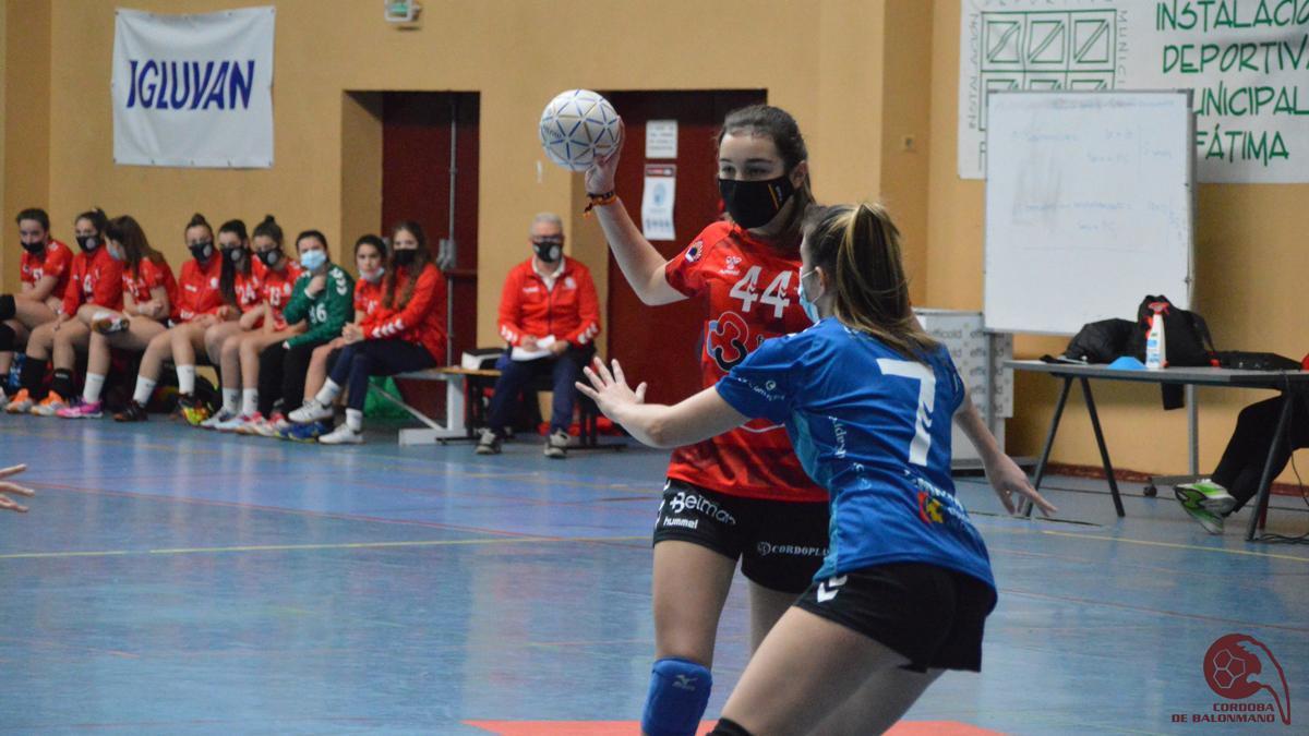 Marta García, en un partido del CBM cadete femenino.