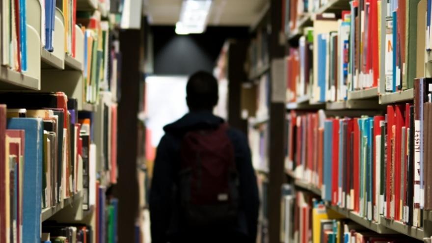 Los libros se utilizaban en varios institutos de Huesca y Zaragoza.