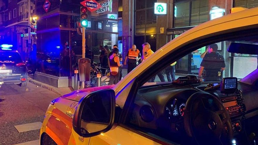 La Fiscalía Provincial de Madrid ha solicitado al juez el ingreso en prisión incondicional y sin fianza de tres miembros de la banda Dominican Don't Play que participaron en una reyerta la noche del lunes en Puente de Vallecas, durante la que se produjeron siete heridos, cuatro de ellos graves.