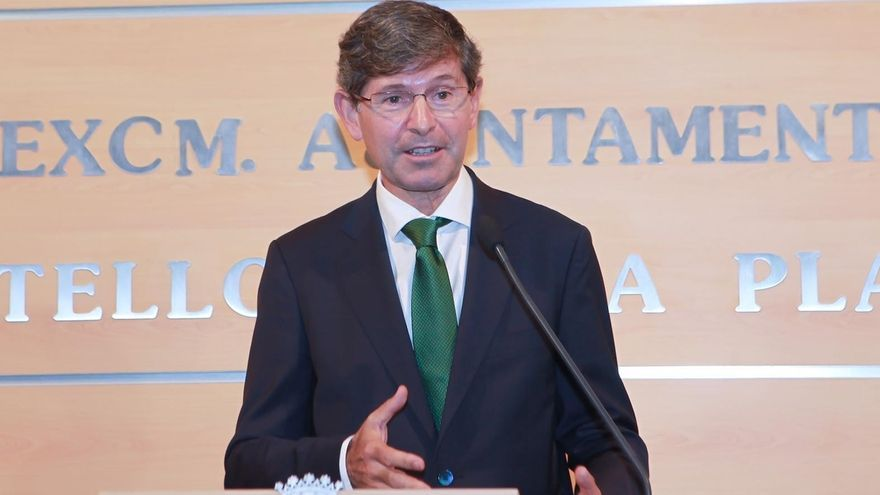 """Alcalde de Castellón dice """"respetar mucho"""" la decisión de Fabra, pero insiste en que él no va a dimitir"""