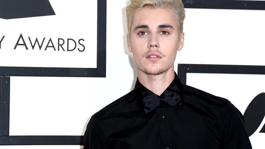 Un juez de Miami ordena a Justin Bieber presentarse en la corte para hacer un descargo