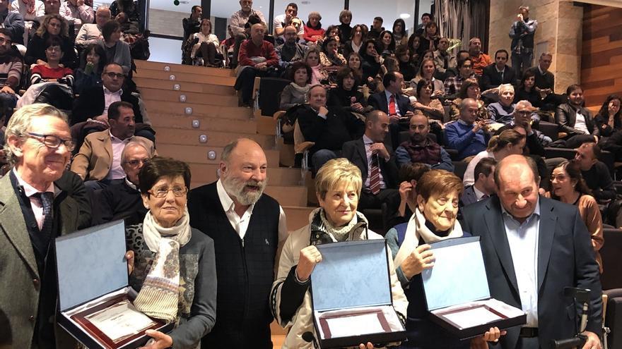 Amimet celebra en Tudela sus 40 años de historia homenajeando a sus impulsores