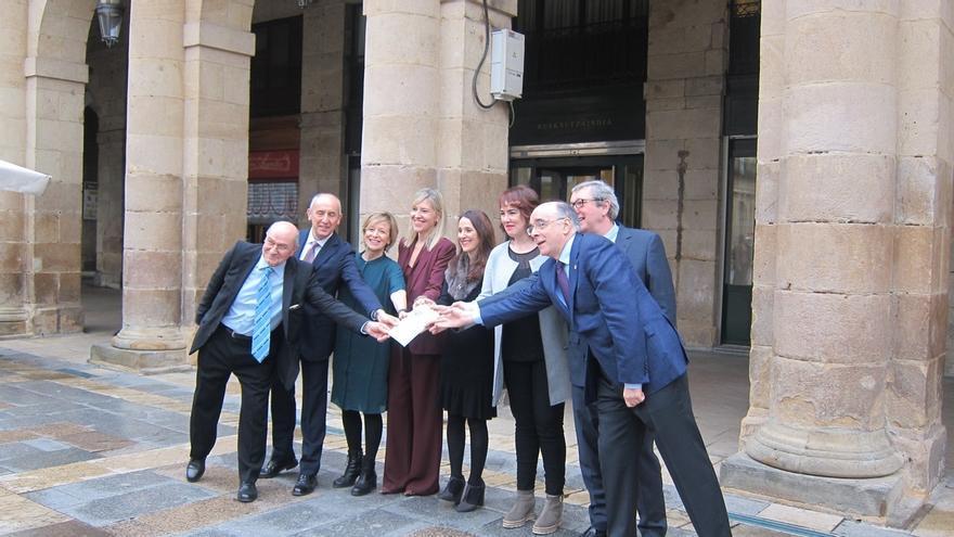 Euskaltzaindia y las cámaras legislativas de Euskadi y Navarra editan un diccionario jurídico-parlamentario