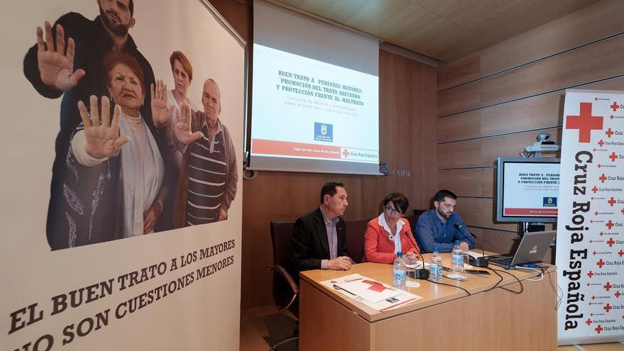 """Acto de presentación del proyecto """"Buen trato a las personas mayores: Promoción del trato adecuado y protección frente al maltrato""""."""