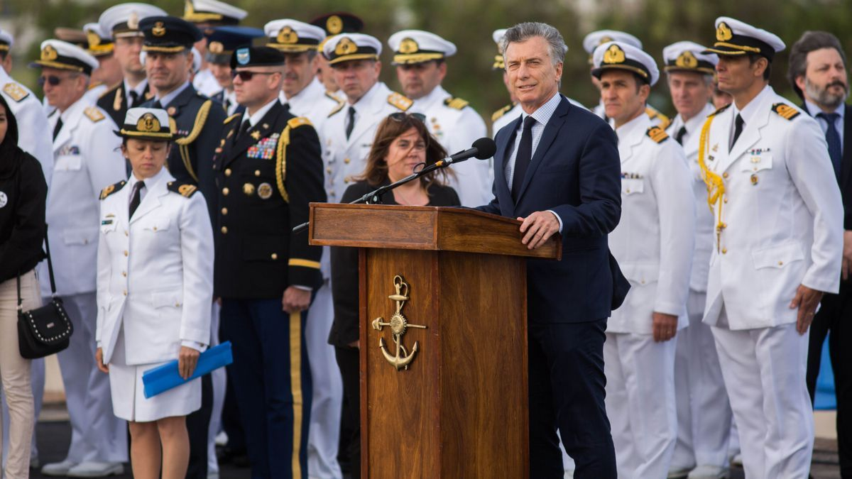 El expresidente Mauricio Macri, en una imagen de archivo, al encabezar el 15 de noviembre de 2018, en la base naval de Mar del Plata, el acto en homenaje a las 44 víctimas del submarino Ara San Juan, al cumplirse un año de la tragedia.