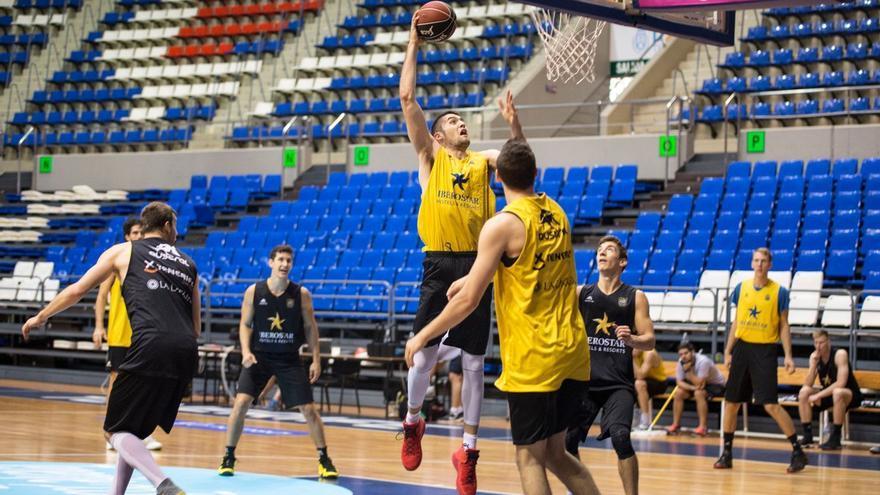 Visita de máxima exigencia del Iberostar Tenerife al fortín del Valencia Basket