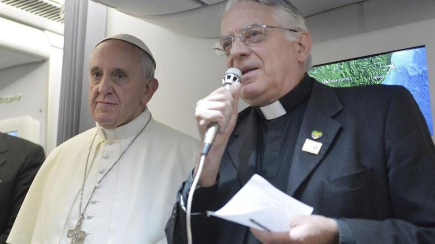"""El portavoz del Vaticano lamenta las críticas de """"Rolling Stone"""" a Benedicto XVI"""