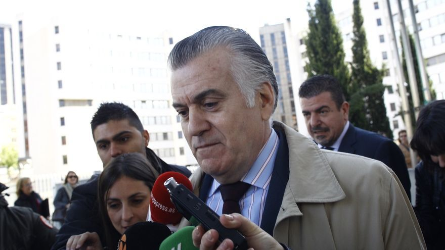 El PSOE pregunta hoy a Báñez si el Ministerio va a sancionar al PP por su relación laboral simulada con Bárcenas