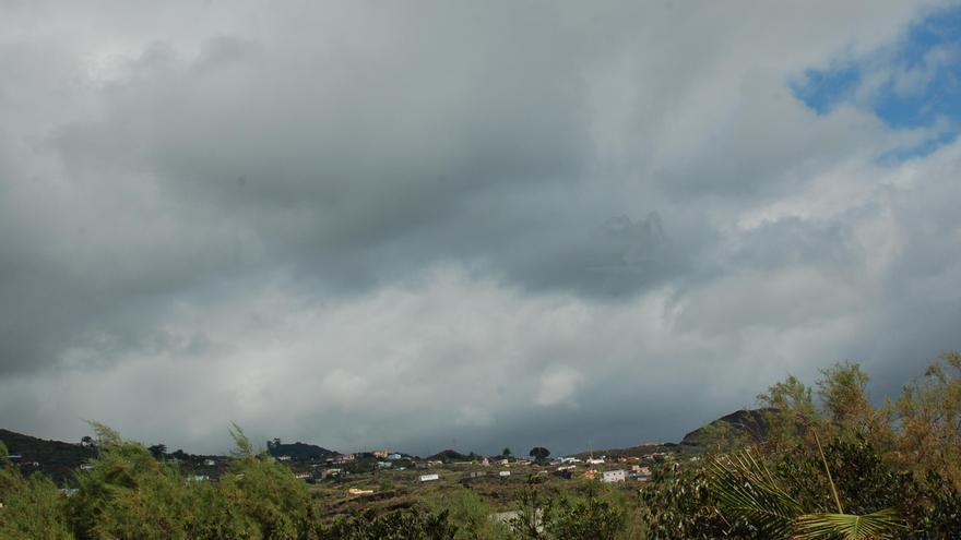 Persiste la probabilidad de lluvias débiles este jueves en el norte y este de La Palma