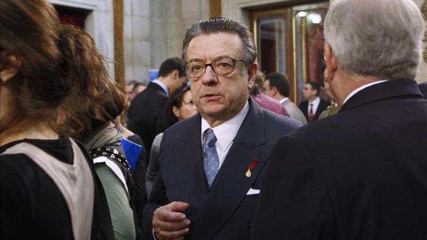 Herrero de Miñón opina que el déficit de la LOMCE es el malestar de la comunidad educativa
