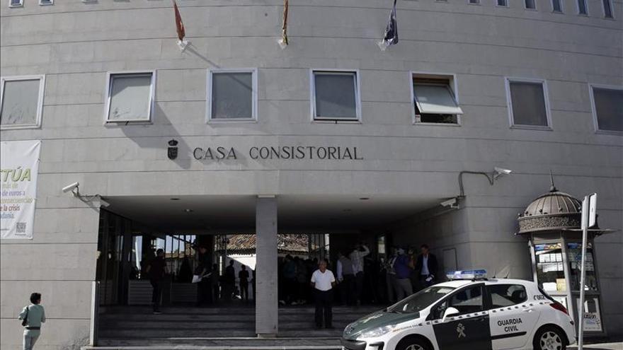 IU de Parla exige una comisión de cuentas y otra de contratos en el Consistorio