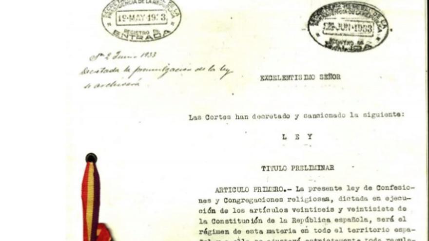 Primeros artículos de la Ley de Confesiones y Congregaciones Religiosas en 1933