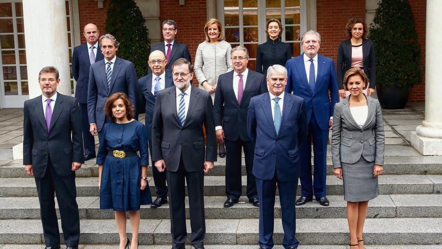 Gobierno de España. Última foto oficial sin sustiuir aún a De Guindos por Escolano