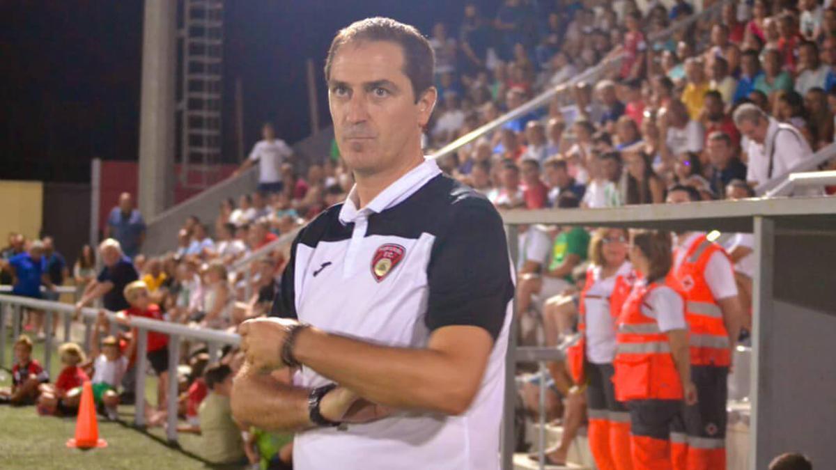 Diego Caro, en un partido del Salerm Puente Genil