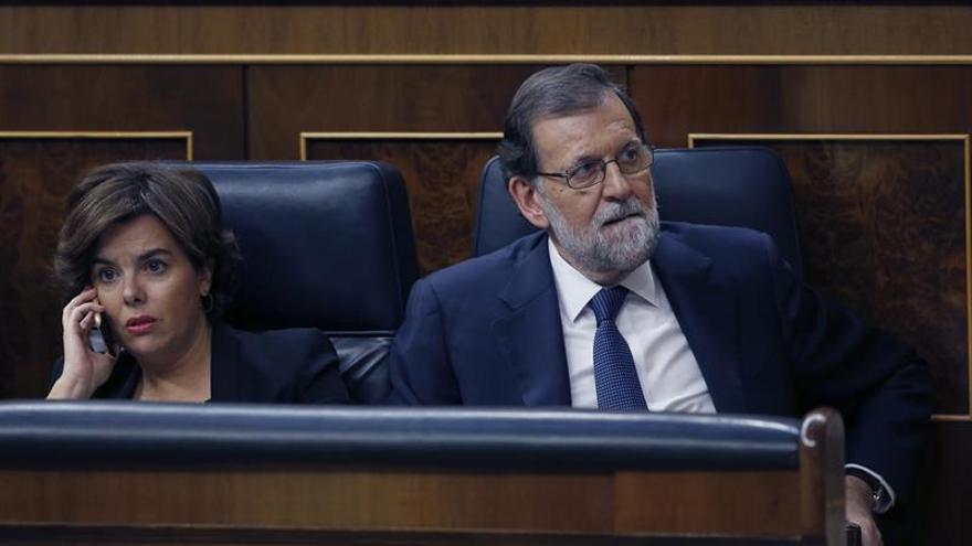 Rajoy preside hoy la reunión del Consejo a la espera de la respuesta de Puigdemont