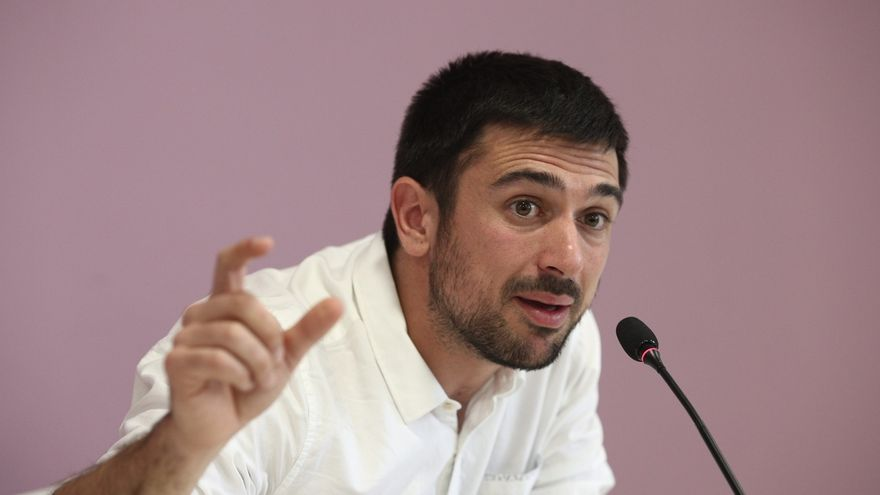 La Comisión estatal de Garantías de Podemos comunica a Ramón Espinar que puede mantener sus tres cargos