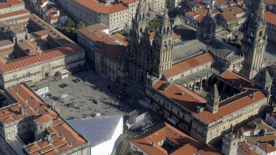 La Catedral de Santiago lucirá nueva gárgola tras sustituir a una deteriorada