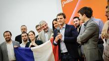 Albert Rivera, con la bandera francesa tras la victoria de Macron