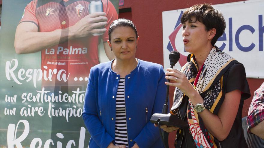 Susa Armas, directora general de Protección de la Naturaleza del Gobierno de Canarias; y Carlota Cruz, representante Ecoembes en Canarias.