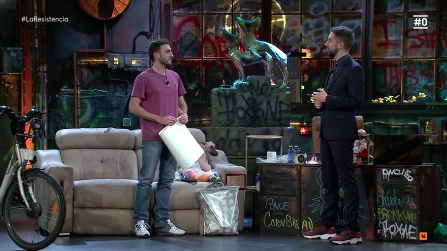 Gonzalo frente a David Broncano, en 'La Resistencia'