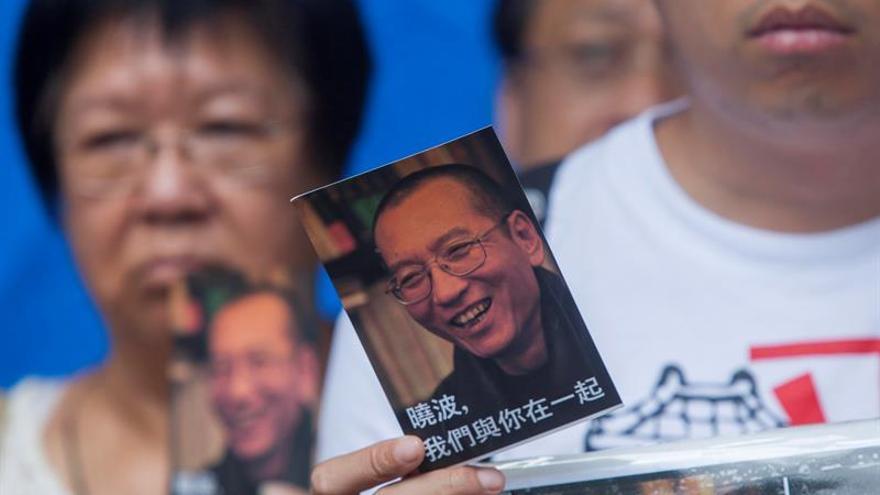 Médicos internacionales dicen que Nobel chino Liu puede viajar a extranjero
