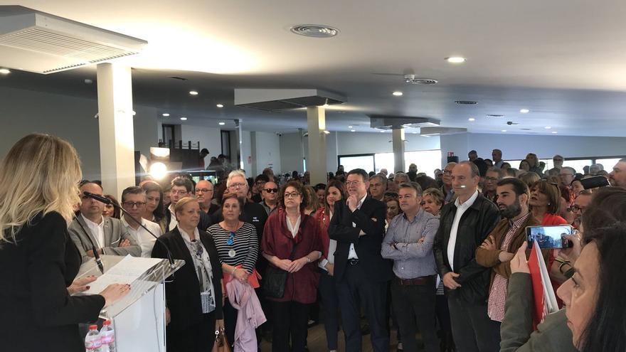 El president y líder del PSPV, Ximo Puig, en un acto con militantes socialistas en Alicante