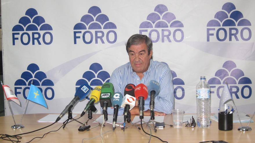 """Cascos (Foro) reprocha a Sánchez (PSOE) y Rivera (C's) su daño a Asturias al """"bloquear un gobierno de coalición"""""""