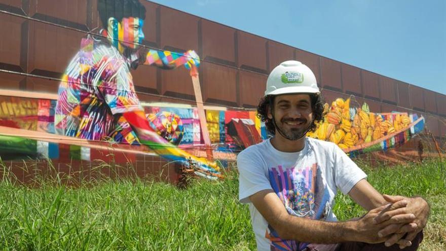 El grafitero kobra inmortaliza en sao paulo el mayor mural for Mural nuestra carne