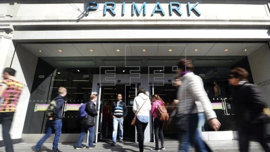 Primark aumentó el 6 por ciento su beneficio operativo en el primer semestre fiscal