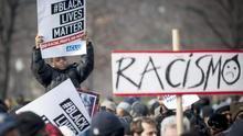 Protestas raciales en EEUU tras la muerte de dos jovenes negros a manos de la policia
