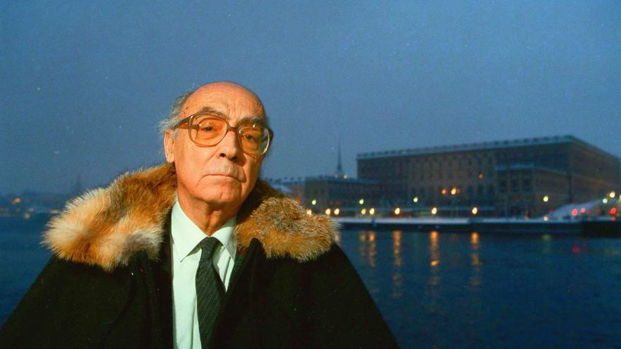 José Saramago el 6 de diciembre de 1998, cuando se desplazó hasta Estocolmo para recoger el Nobel de Literatura