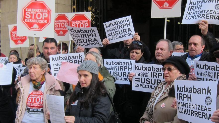 Protesta en Euskadi contra el IRPH de las hipotecas.
