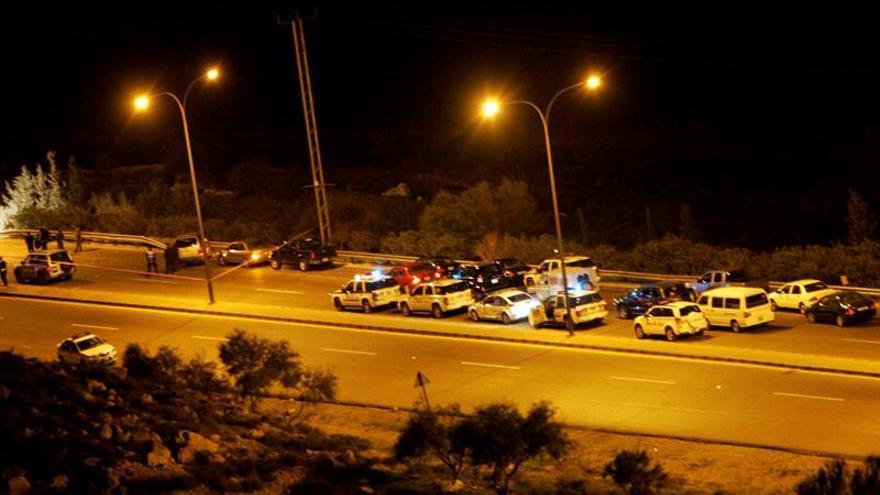 Tirotean varios coches patrulla de la Policía en el sur de Jordania