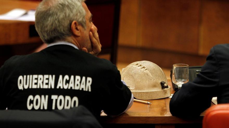 Llamazares admite que Rato no es el único culpable y ve corresponsables a Gobierno de PSOE y al Banco de España