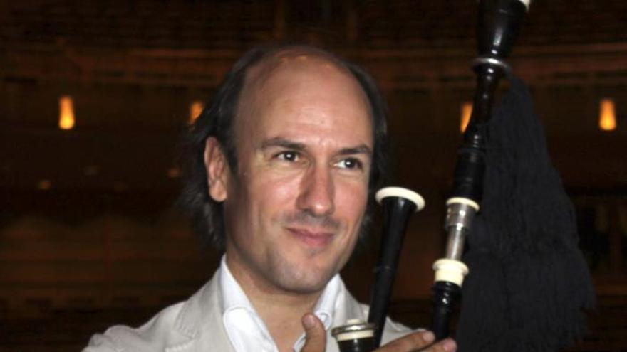 Carlos Núñez rinde homenaje a la música celta del futuro con ... - Carlos-Nunez-homenaje-futuro-trabajo_EDIIMA20140121_0844_4