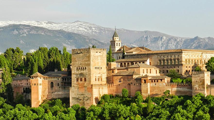 Alhambra de Granada, Monumentos islámicos en España