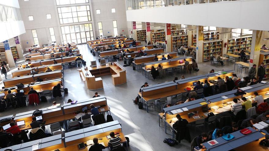 La UPNA abrirá las bibliotecas de Pamplona y Tudela los fines de semana de diciembre y los tres primeros de enero