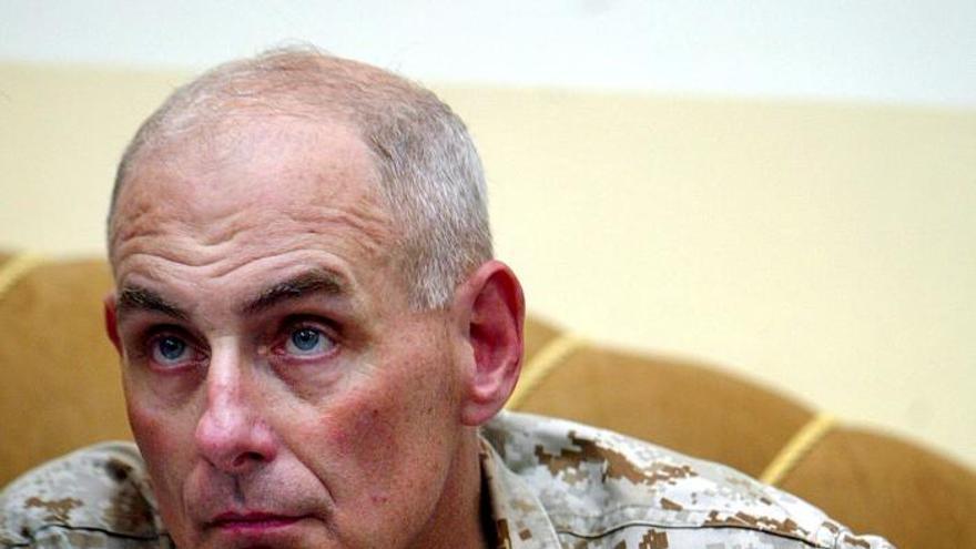 El jefe del Comando Sur de EE.UU. evalúa el combate al narcotráfico y al contrabando en Guatemala