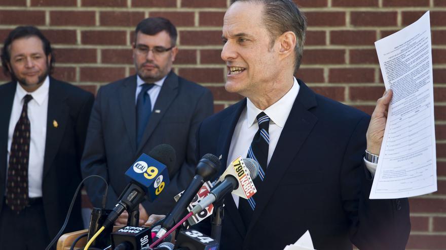 Michael Weinstein, el responsable de la Aids Healthcare Foundation.