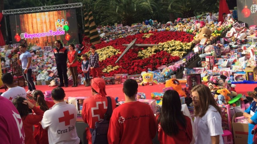 La iniciativa #ReyesparaTodos tendrá lugar de nuevo este año en el Reloj de Flores del Parque García Sanabria / Foto de Mírame Televisión